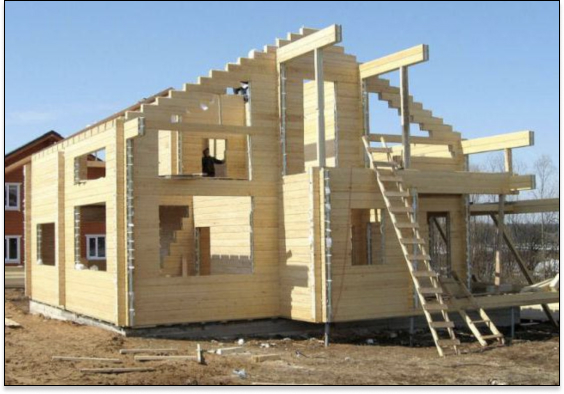 Возведение домов из строганного бруса